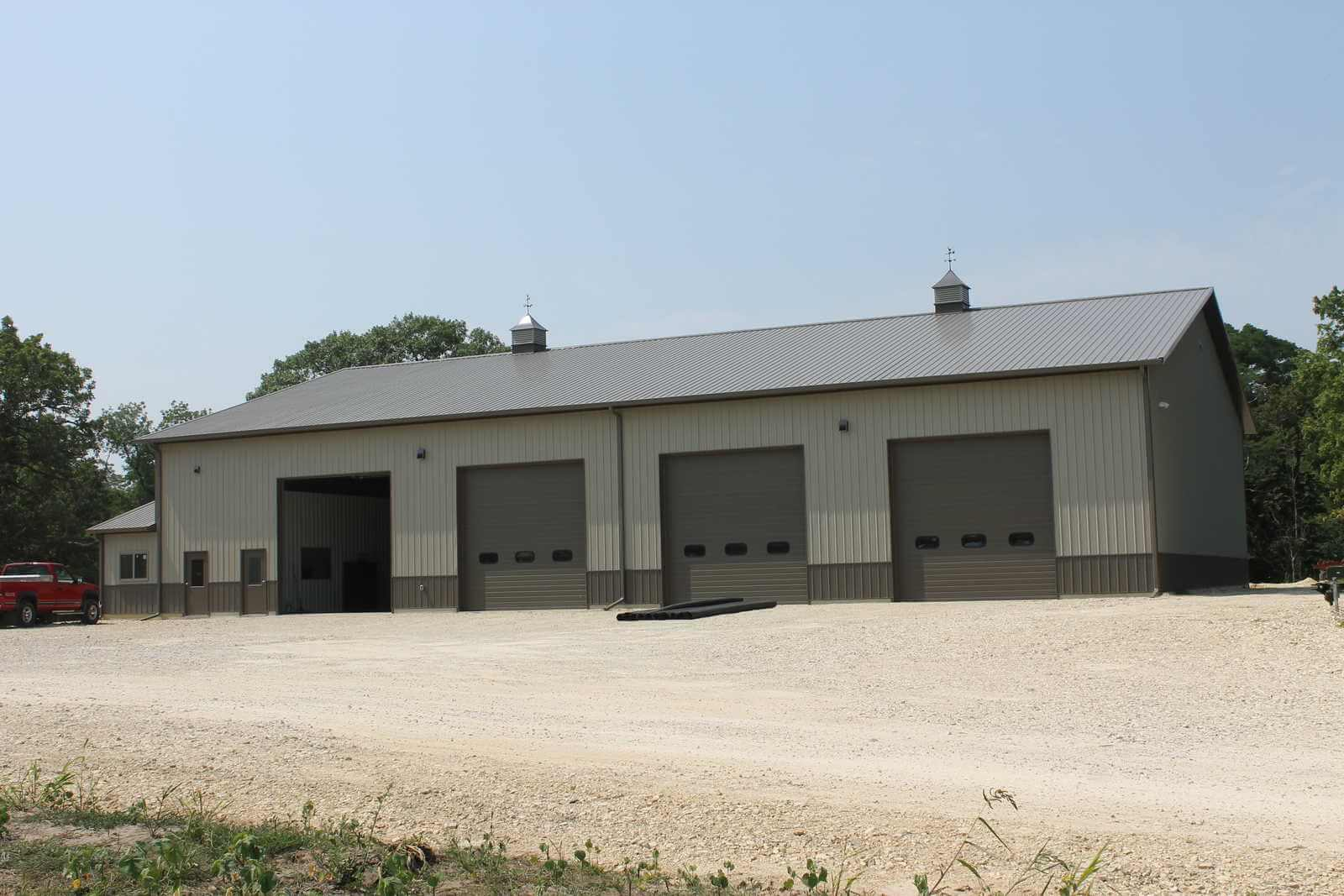 Commercial building construction illinois and iowa for 40x60 shop package