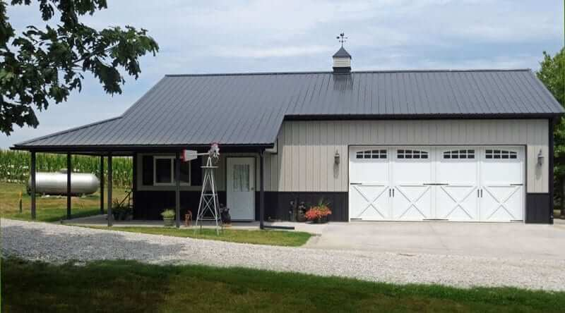 Residential garage and hobby gallery in iowa illinois for Residential pole barn homes